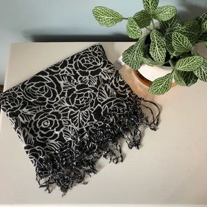 Black and White Floral Fringe Scarf